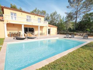 5 bedroom Villa in Fayence, Var, France : ref 2279740 - Saint-Paul-en-Foret vacation rentals