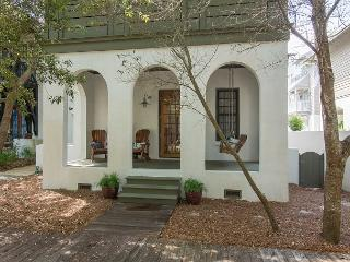 Audrey's Cottage - Newly Remodeled, New to Rental Market in Rosemary Beach! - Rosemary Beach vacation rentals