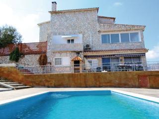 5 bedroom Villa in Lloret de Mar, Costa Brava, Spain : ref 2280577 - Lloret de Mar vacation rentals
