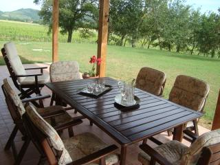 La Sosta di Braccio - Country House - Macchie vacation rentals