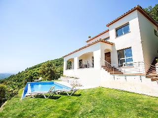 4 bedroom Villa in Sta Cristina d Aro, Costa Brava, Spain : ref 2283235 - Romanya de la Selva vacation rentals