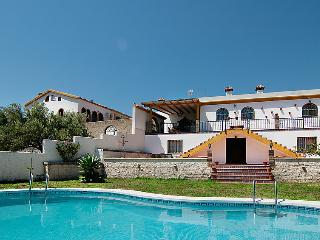 4 bedroom Villa in Rincon de la Victoria, Costa del Sol, Spain : ref 2284273 - Rincon de la Victoria vacation rentals