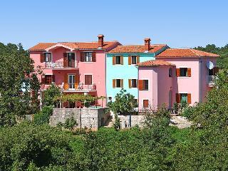 7 bedroom Villa in Pula Krnica, Istria, Croatia : ref 2284879 - Krnica vacation rentals