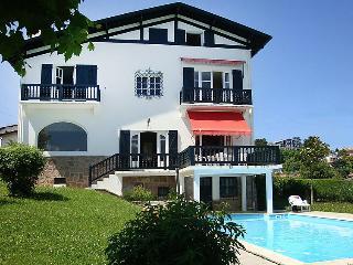 8 bedroom Villa in Saint Jean de Luz, Basque Country, France : ref 2285891 - Ciboure vacation rentals
