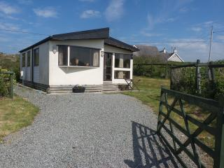 Seaview Lodge Chalet, Church Bay Anglesey  sleep 5 - Rhydwyn vacation rentals