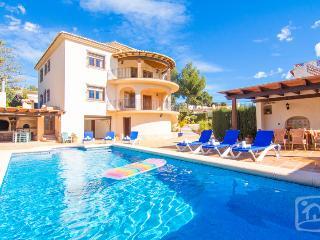 Nice Villa with Internet Access and Television - La Llobella vacation rentals