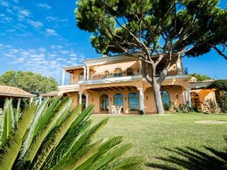 4 bedroom Villa in Vale do Lobo, Algarve, Portugal : ref 2291347 - Vale do Garrao vacation rentals