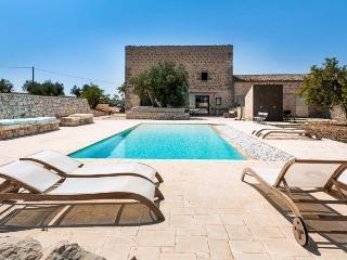 Villa in Ragusa, Sicily, Italy - Ragusa vacation rentals