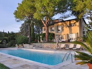 Villa in Saint Paul De Vence, Cote D'azur, France - Saint-Paul-de-Vence vacation rentals
