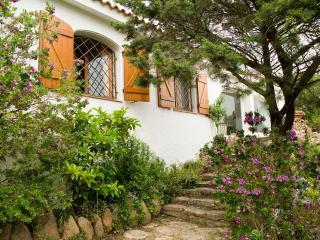 3 bedroom Villa in Arzachena, Sardinia, Italy : ref 2294031 - Cala di Volpe vacation rentals