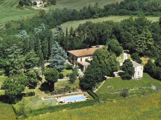 7 bedroom Villa with Internet Access in Piazzano - Piazzano vacation rentals