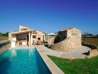 3 bedroom Villa in Puerto Pollensa, Mallorca, Mallorca : ref 2294363 - Port de Pollenca vacation rentals