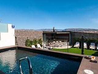 6 bedroom Villa in Maspalomas, Gran Canaria, Canary Islands : ref 2296187 - Image 1 - Maspalomas - rentals