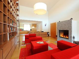 Bright 4 bedroom Apartment in Saint Moritz - Saint Moritz vacation rentals