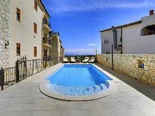 6 bedroom Villa in Medulin Liznjan, Istria, Croatia : ref 2299152 - Liznjan vacation rentals