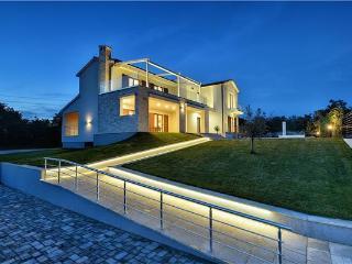 5 bedroom Villa in Jursici, Istria, Croatia : ref 2301518 - Jursici vacation rentals