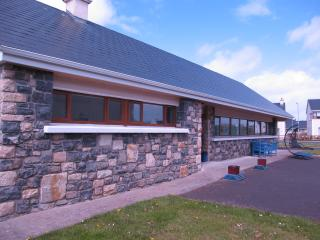 Beautiful House with Internet Access and Satellite Or Cable TV - Enniscrone vacation rentals
