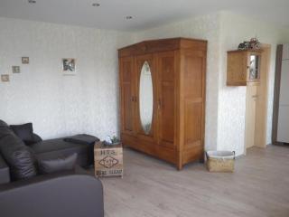 Vacation Apartment in Langerwehe - 431 sqft, great furnishings, parquet flooring, lots of space (# 9800) - Langerwehe vacation rentals