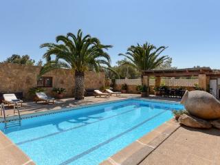 3 bedroom Villa in Sant Antoni De Portmany, Ibiza, Ibiza : ref 2306371 - Sant Antoni de Portmany vacation rentals