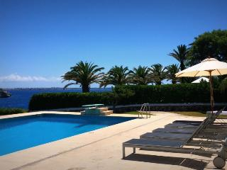 4 bedroom Villa in Ciutadella, Menorca, Menorca : ref 2307476 - Cala'n Forcat vacation rentals