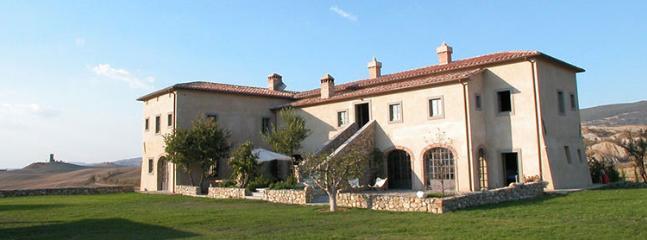 8 bedroom Villa in Chianciano Terme, Siena, Italy : ref 2307822 - Image 1 - Chianciano Terme - rentals