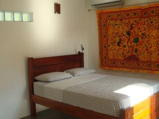 Nice Bed and Breakfast with Long Term Rentals Allowed (over 1 Month) and Balcony - Tonosi vacation rentals