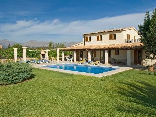 5 bedroom Villa in Pollença, Mallorca, Mallorca : ref 3791 - Port de Pollenca vacation rentals