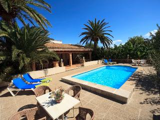2 bedroom Villa in Puerto Pollença, Mallorca, Mallorca : ref 4008 - Puerto Pollensa vacation rentals