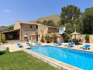 3 bedroom Villa in Pollença, Mallorca, Mallorca : ref 4018 - Puerto Pollensa vacation rentals