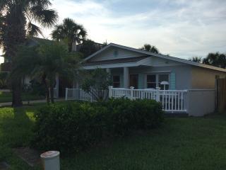 Beach Cottage on C Street *Newly Renovated* - Saint Augustine Beach vacation rentals
