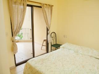 Nice Condo with Shared Outdoor Pool and Television - Tamarindo vacation rentals