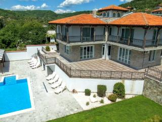 "Luxury Villa ""Gioia Del Sole"" in Balchik - Balchik vacation rentals"