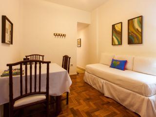 Apart in the heart of Copacabana - Rio de Janeiro vacation rentals