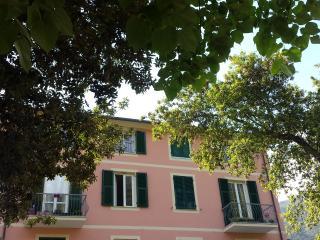 Cozy 2 bedroom Apartment in Deiva Marina - Deiva Marina vacation rentals