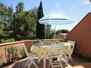 FOULQUINES BAT O - Narbonne-Plage vacation rentals