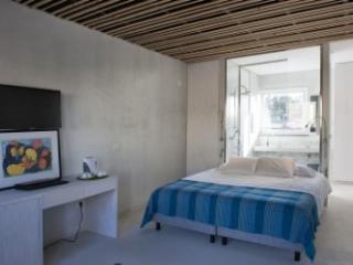 Varzea Cottage Blue - Pego vacation rentals