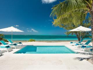 Perfect 6 bedroom Villa in Five Cays Settlement - Five Cays Settlement vacation rentals