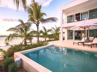 Lovely 1 bedroom Villa in Sapodilla Bay - Sapodilla Bay vacation rentals