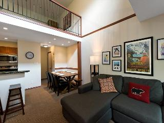 51 Glaciers Reach this 2br home has a hot tub & pool in Whistler Village - Whistler vacation rentals