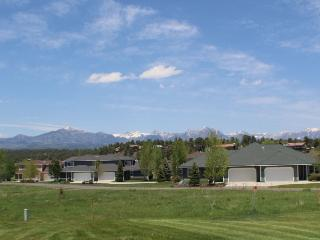 Aspenwood 4205 is a cozy vacation condo located in the heart of the Pagosa - Pagosa Springs vacation rentals