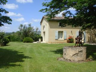 Lovely Gite in Lautrec with Dishwasher, sleeps 4 - Lautrec vacation rentals