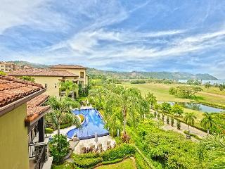 Vista Bahia 2B Condominium ~ RA76308 - Herradura vacation rentals