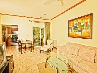 Cozy affordable Condo, close to amenities at Los Sueños Resort! - Herradura vacation rentals