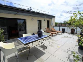 Appartement de standing avec terrasse au Bouscat - Le Bouscat vacation rentals