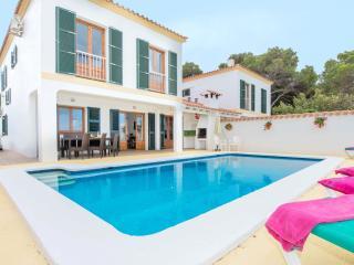 4 bedroom Villa with Internet Access in Cala Galdana - Cala Galdana vacation rentals