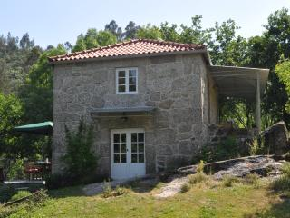 Granite cottage in beautiful valley - Arcos de Valdevez vacation rentals
