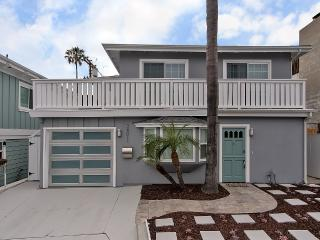 Walking distance to beaches, fishing and surf! - Dana Point vacation rentals