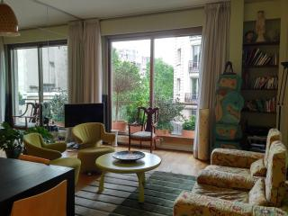 Contemporary a/c,terrrace Eiffel tower, Clerc str - Paris vacation rentals