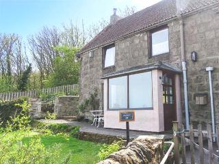 THE LOOKOUT, pet-friendly, close to local amenities and beach, WiFi, Berwick upon Tweed, Ref 931252 - Berwick-upon-tweed vacation rentals