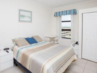 On the Beach Studio in Hollywood, FL - Hollywood vacation rentals